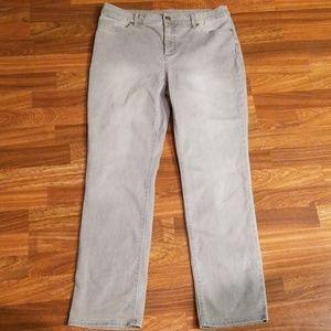 Gray Chico's So Slimming Slim Leg Sz. 10 Short